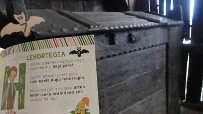En el desván de Igartubeiti, en el secadero, el cuaderno didáctico para la visita autónoma para familias