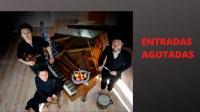 Concierto del grupo Gandeia en el lagar del caserío Igartubeiti