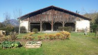 La huerta y el entorno de Igartubeiti en marzo